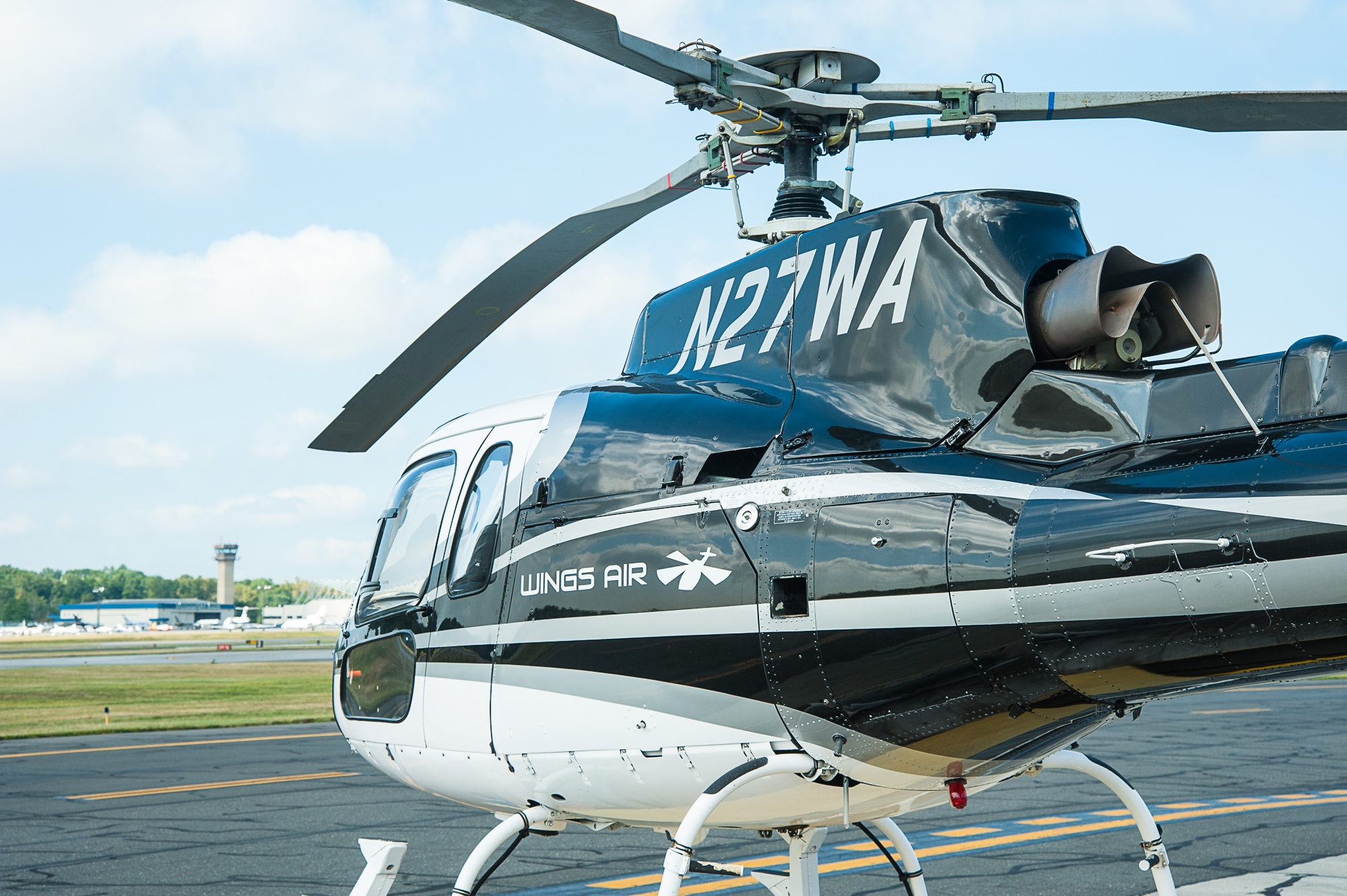 AS350 with HPN tower.jpg