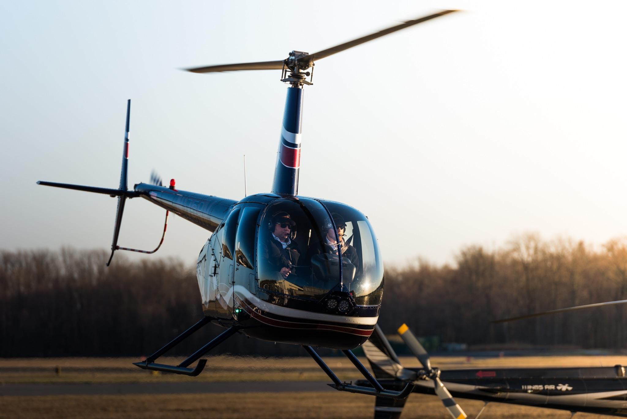 R44 flight training