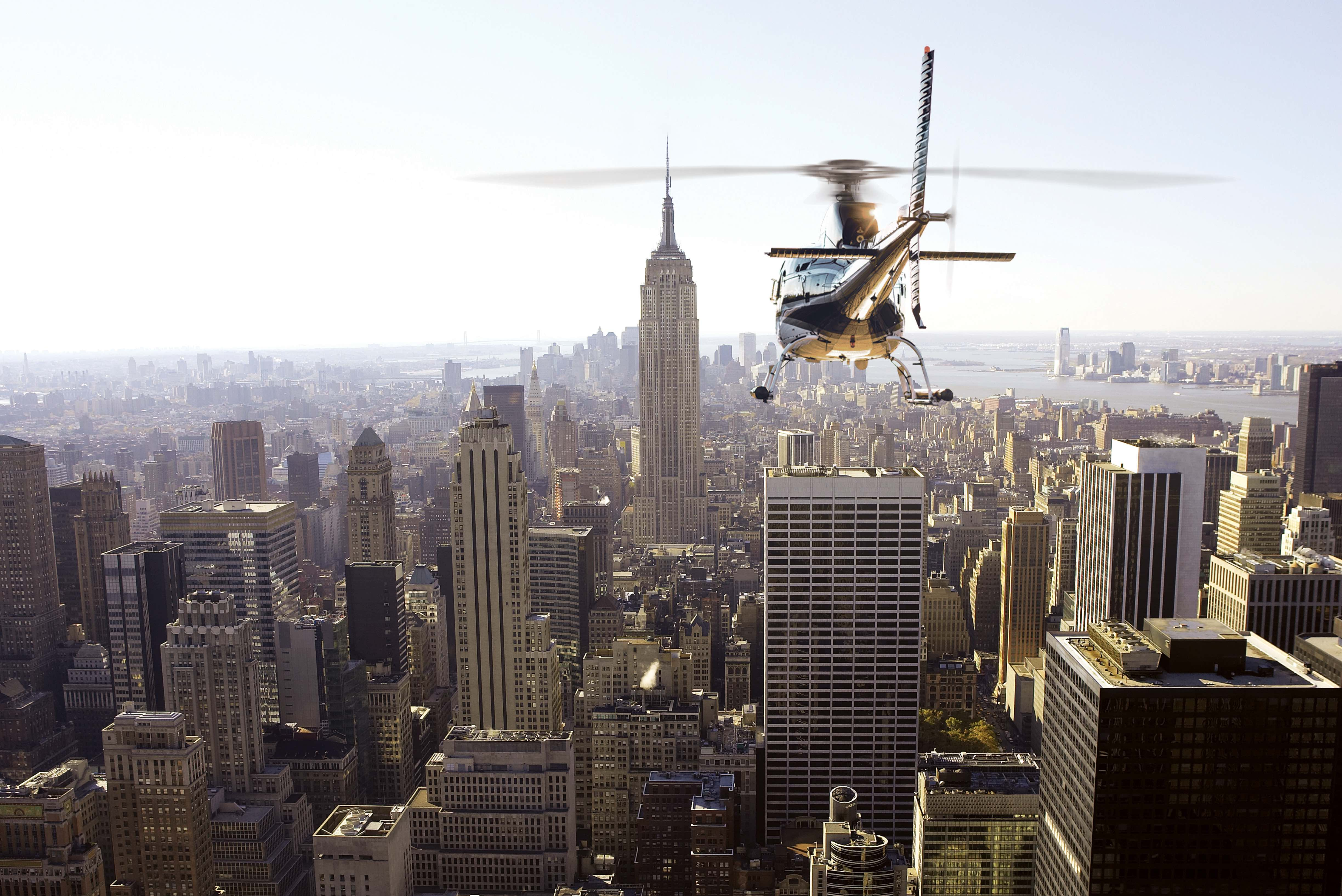 AS350-helicopter-over-NYC.jpg